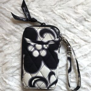 Vera Bradley wristlet/wallet zip around